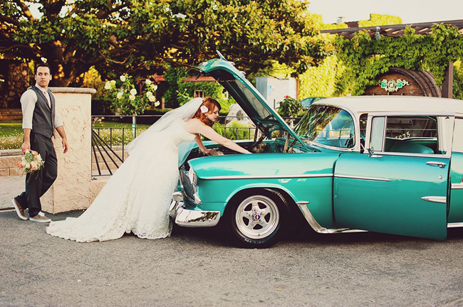 retro car wedding shoot1